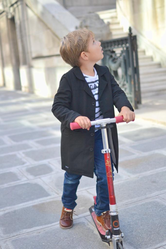Scooting in Paris