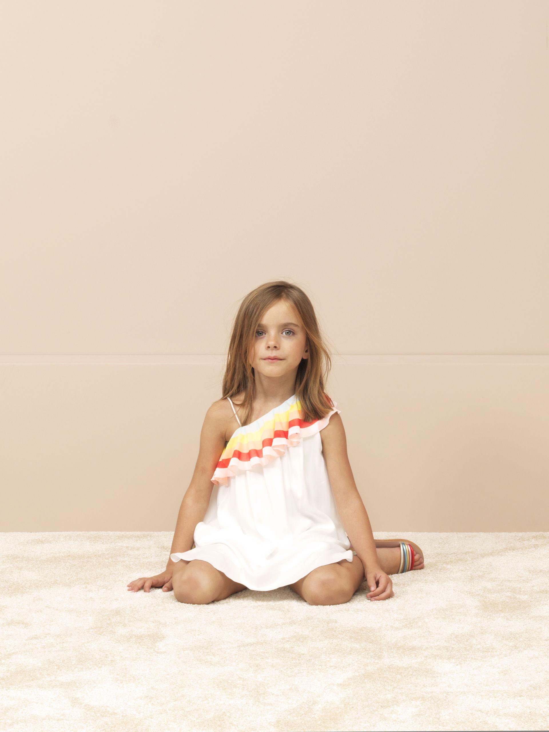 932a9c00954d LITTLE CHLOE GIRLS SS17 - Les enfants à Paris CHLOE kids SS2014 lookbook